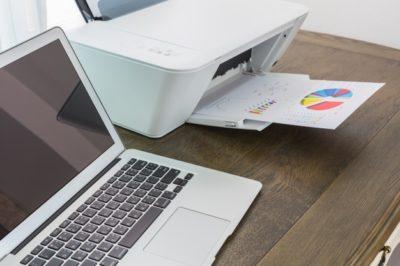 Descubra como identificar qual a melhor impressora para papelaria