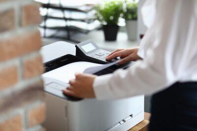Como o software de gerenciamento de impressão funciona